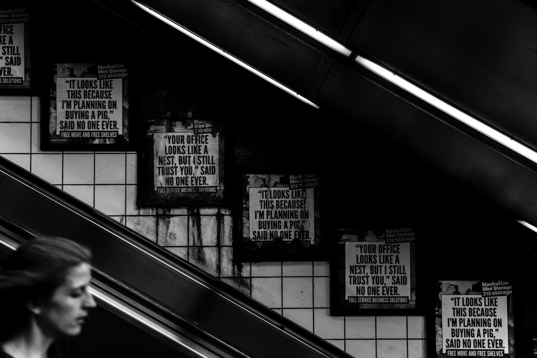 pannelli pubblicitari in metropolitana